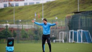 Trabzonspor Teknik Direktörü Hüseyin Çimşir: İki kupada da favori biziz