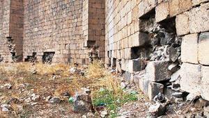 Son dakika haberler: UNESCO Dünya Kültür Mirası Listesi'ndeki Diyarbakır Surları'nda... Tarihi talan