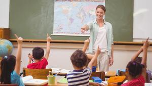 'Önce anaokulu ve ilkokullar açılmalı'