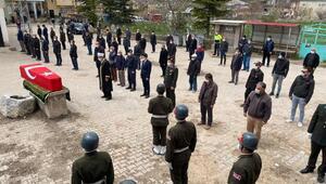 Niğdede yaşamını yitiren Kore gazisi askeri törenle uğurlandı