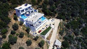 Sıfır temaslı lüks villa tatiline yoğun ilgi Haftalık fiyatları şaşırttı...