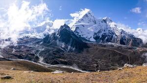 Everest Dağının yüksekliğini yeniden ölçecekler