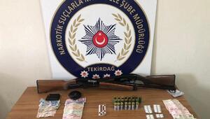 Tekirdağda uyuşturucu satan 4 şüpheli yakalandı