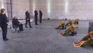 Almanyada sosyal mesafeli Zafer Günü töreni
