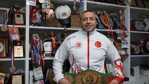 Halis Avşar: Başarı için sevgi, saygı ve disiplin çok önemli