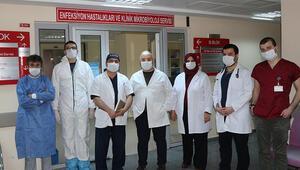 Koronavirüsü yenen 7 sağlık çalışanı immün plazma bağışı yaptı