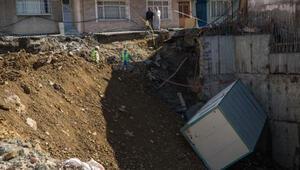 Esenlerde çökmenin olduğu sokakta çalışmalar devam ediyor