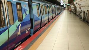 İstanbulda metro sefer saatleri uzatıldı