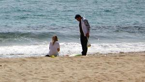 Antalya'da ilginç anlar 'Yaz amirim yaz hak ettik'