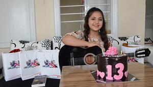 Kalp hastası Cerenin gitar hayali, doğum gününde gerçek oldu