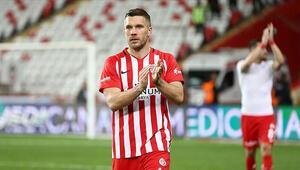 Lukas Podolskiye Boca Juniors kancası