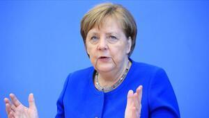 Angela Merkel duyurdu Ve kapılar açılıyor