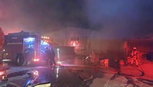Bursada mobilya fabrikasının bahçesinde yangın