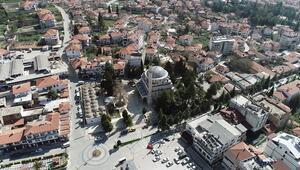 Kadim şehir Elmalının tarihi ve dini mekanlarında sessizlik