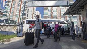 Bakan Kasapoğlu: 76 ildeki yurtlarımızda, 9 bin 647 vatandaşımıza ev sahipliği yapılıyor