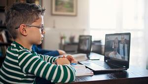 Evde çocuklarınızla teknolojiyi kullanarak yapabileceğiniz etkinlikler neler