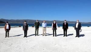 Vali Şıldak, Salda Gölünü inceledi