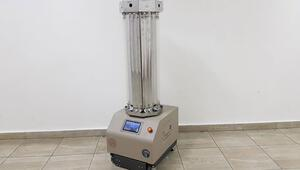 Meslek lisesinde ultraviyole ışınlarıyla dezenfeksiyon yapan robot geliştirildi