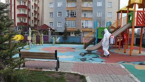 Ağrı'da parklar dezenfekte edildi