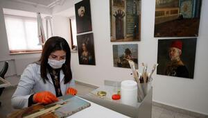 Topkapı Sarayının deposunda muhafaza edilen tablolar sanatseverlerle buluşacak