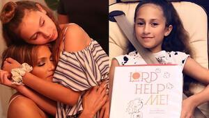 Jennifer Lopezin 12 yaşındaki kızı Emme kitap yazdı