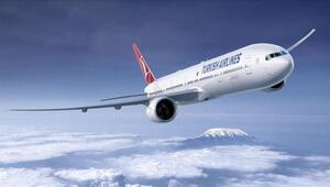 THY uçağı, ülkesine gitmek isteyen 79 yolcusuyla New Yorka hareket etti