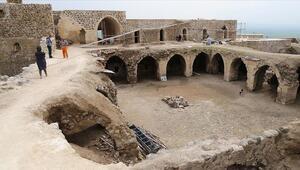 Batmandaki 1600 yıllık Mor Kuryakus Manastırı turizme kazandırılıyor