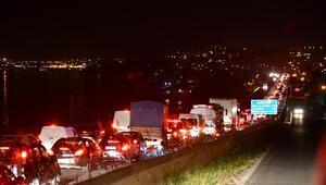 İstanbul- Tekirdağ yolunda yasak öncesi uzun araç kuyrukları oluştu
