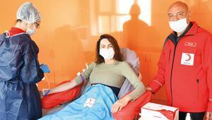 Günay Musayevadan kan bağışı