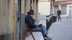 İspanyada son 24 saatte 87 ölüm Son iki ayın en düşük rakamı...
