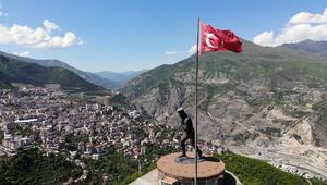 Dünyanın en büyük Atatürk heykeline doğru heyecanlı atlayış