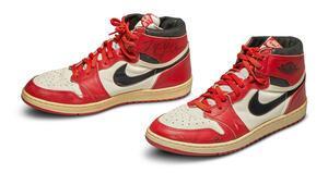 Michael Jordanın ayakkabıları 560 bin dolara alıcı buldu