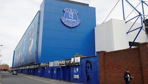 Everton biletli taraftarına para iadesi yapacak