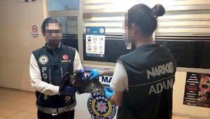 Ölü kuş bulunan otomobildeki 2 kişiye 13 bin lira ceza