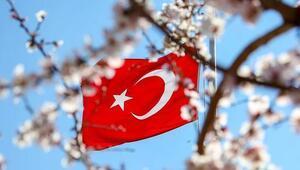 Türk Bayraklı Kadir Gecesi mesajları derlemesinden örnekler- Birbirinden güzel dalgalanan Türk Bayrağı görselleri