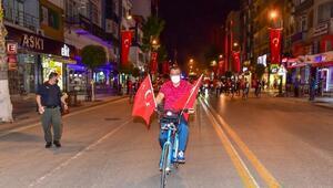 Belediye başkanı, bisiklet sürdü