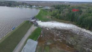 ABDde baraj çöktü: 50 otoyol trafiğe kapandı