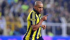 Roberto Carlos: Fenerbahçeye gelmeden önce Chelsea ile anlaşmıştım