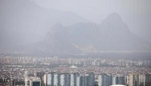 Antalya için uyarı: Gökyüzündeki toz, yağmurla birlikte çamura dönebilir