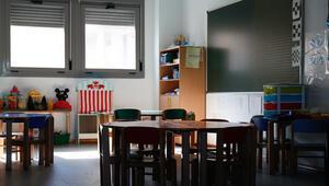 Okullar tam kapasite açılsın mı