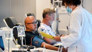 Hollandada corona virüsten ölenlerin sayısı 5 bin 775e yükseldi