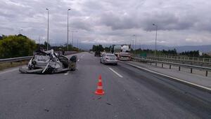 Süt tankeri otomobile çarptı; evli çifti kaza ayırdı