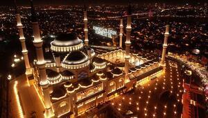Arefe günü oruç tutulur mu
