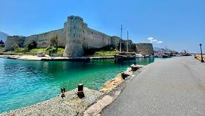 KKTC Turizm Bakanı Üstelden tatil planı yapacaklara çağrı