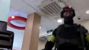 Rusyada bankaya giren şüpheli 5 kişiyi rehin aldı