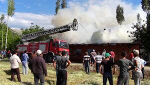 Çatağıl Köyünde yangın