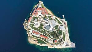 Demokrasi ve Özgürlükler Adası bugün açılıyor