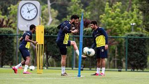 Fenerbahçede çalışmalar sürüyor