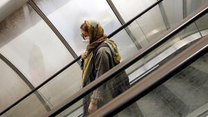 İranda corona virüs nedeniyle ölenlerin sayısı 7 bin 564e yükseldi