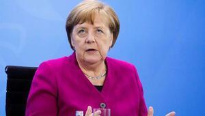 Almanya Başbakanı Merkelden kritik koronavirüs uyarısı: Hala başındayız
